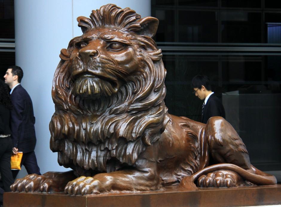 Opulence(HSBC lion)