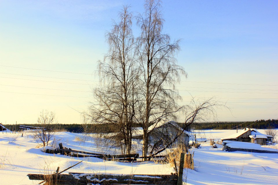 Frozen White Sea dazzled us at Kovda Pomor village