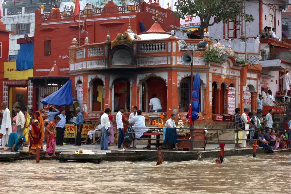 Haridwar lies on the banks of Ganges