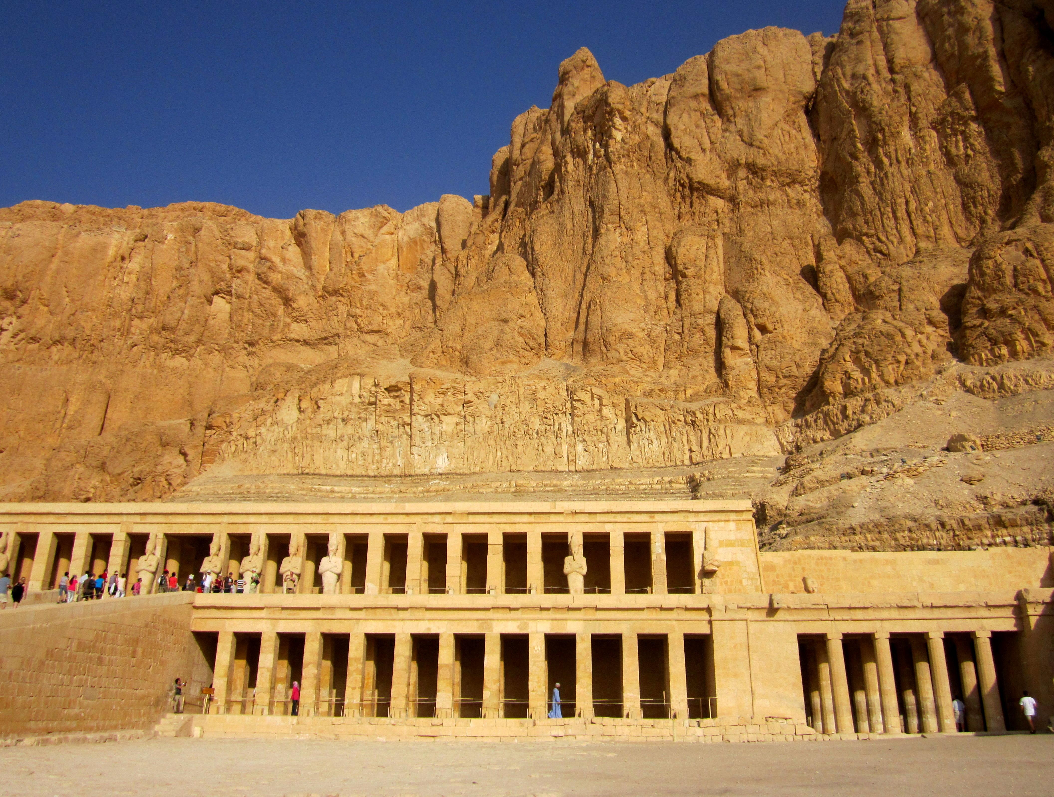 #egypt #egypttourism #valleyofkings#luxor 3luxortourism #luxorwestbank #hatshepsutmortuarytemple